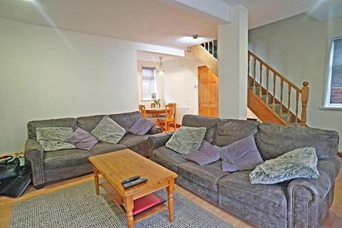 3 bedroom semi-detached house for sale - Connington Crescent, London