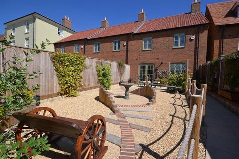 3 bedroom end of terrace house for sale - East Down Lane, Poundbury, Dorchester