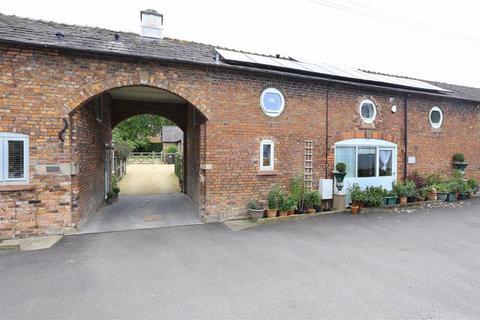 3 bedroom barn conversion for sale - Nantwich Road, Nantwich, Cheshire