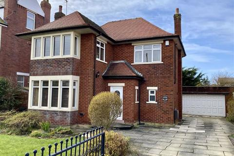 4 bedroom detached house for sale - Myra Road, Fairhaven, Lytham St.Annes