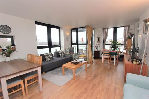 2 bedroom apartment to rent - Ocean Wharf, Canary Wharf, E14