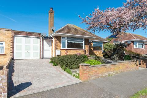 2 bedroom detached bungalow for sale - Rydal Avenue, Ramsgate