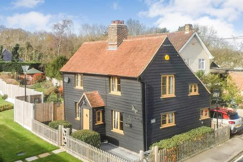 3 bedroom cottage for sale - Chelmsford Road, Purleigh