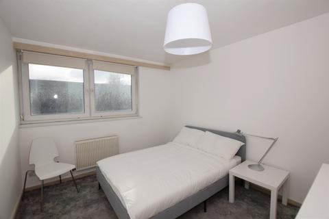 House share to rent - Setchell Way London SE1