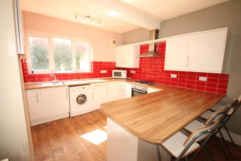 5 bedroom house share to rent - Premier Road, Nottingham  NG7