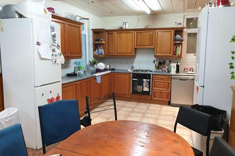 7 bedroom terraced house to rent - Portland Street, M13 0BU