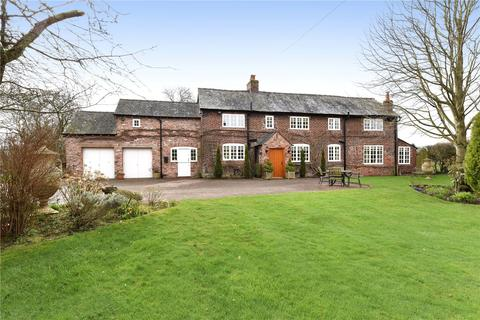 4 bedroom detached house for sale - Prestbury Road, Wilmslow, Cheshire, SK9