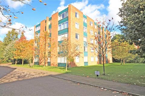 3 bedroom apartment for sale - Westberry Court, Cambridge, CB3