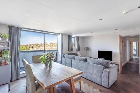 2 bedroom flat for sale - Fallsbrook Road, Tooting