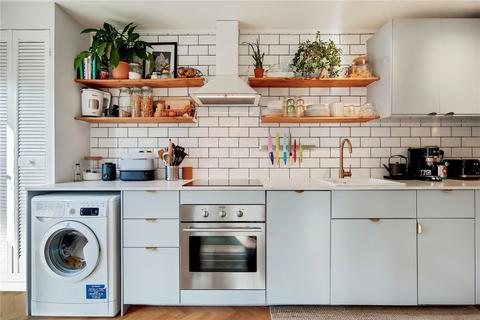 2 bedroom flat for sale - Taymount Rise, London, SE23