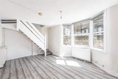 2 bedroom house to rent - New Cross Road, London, SE14