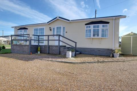 2 bedroom park home for sale - Slipper Road, Emsworth