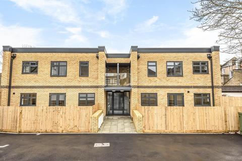 2 bedroom flat for sale - Kingswood Road, Penge