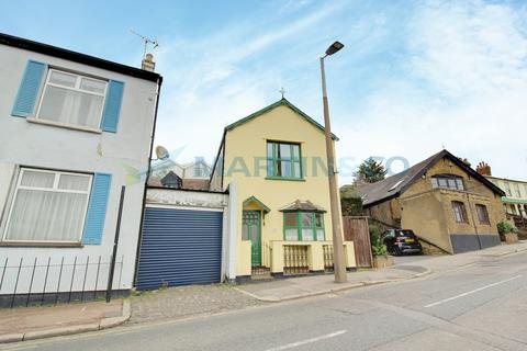 2 bedroom semi-detached house to rent - Leigh Hill, Leigh-On-Sea