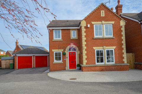 4 bedroom detached house for sale - Stanier Way, Renishaw, Sheffield, S21