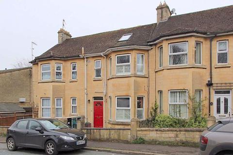 3 bedroom terraced house for sale - Bellotts Road, Bath