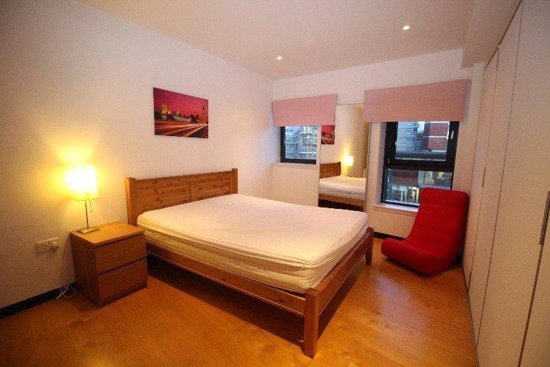 P6801 07 bedroom202