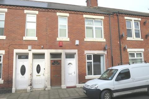 2 bedroom apartment for sale - Collingwood Street,  South Shields,  NE33 4JY