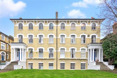 2 bedroom maisonette for sale - Nightingale Lane, London, SW12