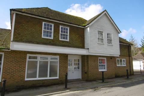 2 bedroom flat to rent - Carriers Road, Cranbrook, Kent TN17 3JX