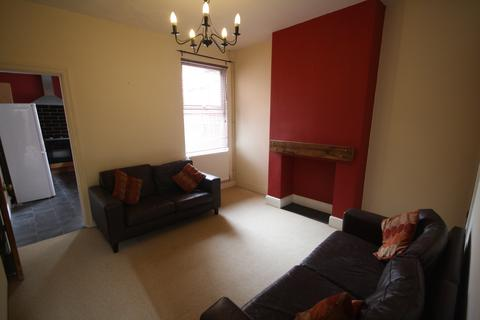 3 bedroom house to rent - Stuart Street, Close to DMU, Leicester