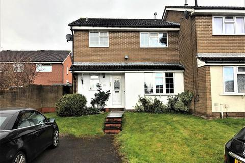 2 bedroom house to rent - Longs Drive, Yate, South Gloucestershire