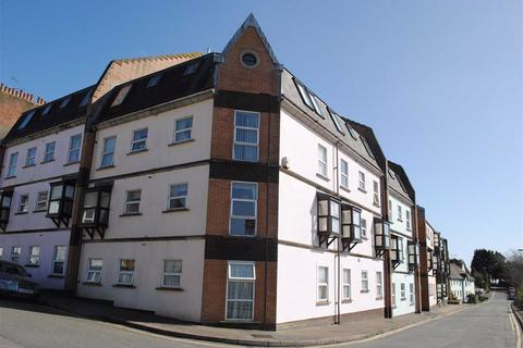 2 bedroom flat to rent - Station Rd, Tenby, TENANT FIND - Tenby, Pembrokeshire  TENANT FIND, SA70