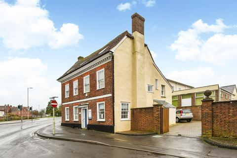 8 bedroom house for sale - East Street, Andover