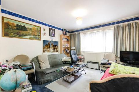 Studio for sale - Yates Court, Willesden Lane, London NW2