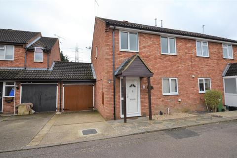 4 bedroom house to rent - Barrie Close, Aylesbury, HP19