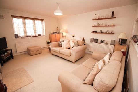 2 bedroom apartment for sale - Regents Court, West Moor, Newcastle Upon Tyne