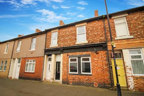 3 bedroom flat for sale - Stratford Road, Heaton