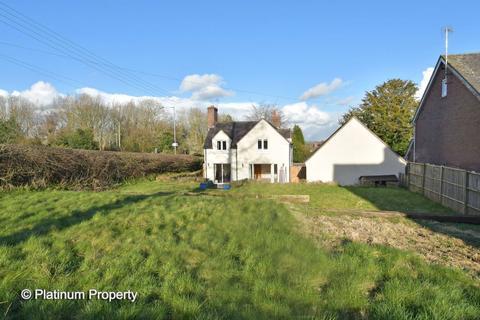 4 bedroom cottage - Grindley Lane, Meir Heath, ST3 7LW