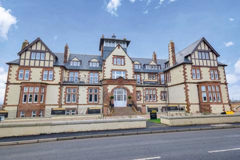 2 bedroom apartment for sale - Henderson House, Main Street, Gullane, East Lothian, EH31 2HG