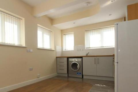Studio to rent - Avenue Road Extension, Flat 2, Clarendon Park, Leicester LE2