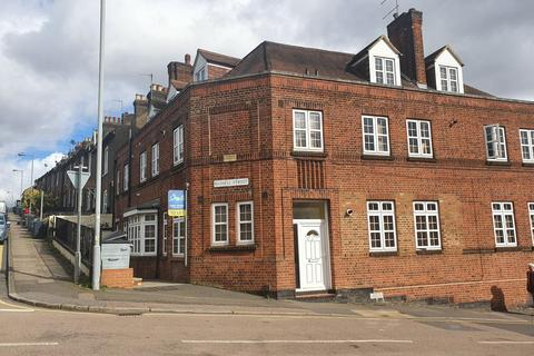 1 bedroom flat to rent - Russell Street, Luton, Bedfordshire, LU1