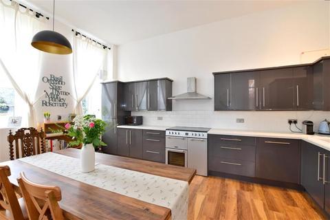 2 bedroom ground floor flat for sale - Baltic Road, Tonbridge, Kent