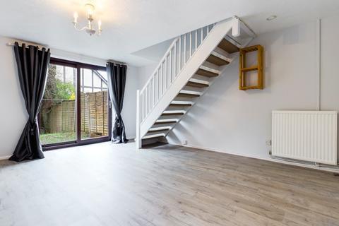 2 bedroom terraced house to rent - Courtlands Way, Fforestfach, Swansea, SA5 5DQ