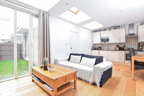 2 bedroom semi-detached house for sale - Balham High Road, Balham