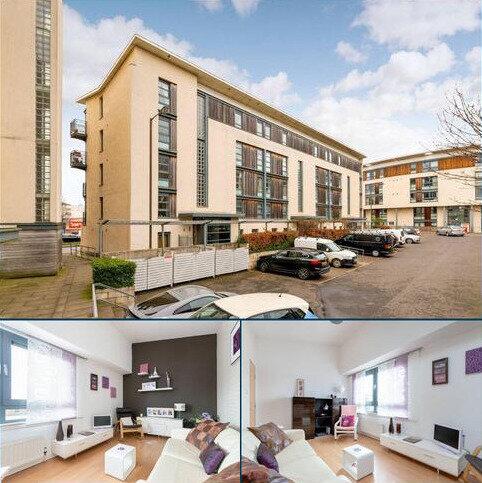 2 bedroom flat for sale - 6/9 Sandport Way, The Shore, Edinburgh, EH6 6EA
