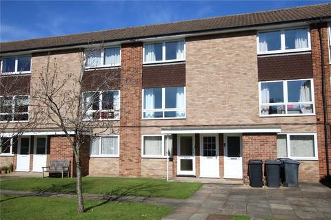 2 bedroom maisonette to rent - Inglewood Court, Liebenrood Road, Reading, Berkshire, RG30