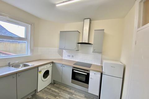 1 bedroom flat to rent - Dallow Road, Luton LU1