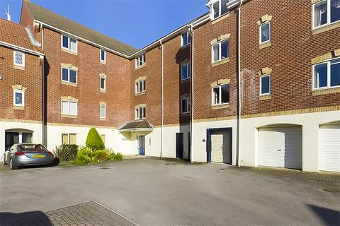 2 bedroom flat to rent - Pacific Close, Ocean Village, Southampton, SO14 3TX