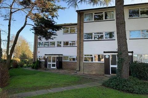 2 bedroom apartment for sale - Lynwood Court, Fordbridge Road, Ashford, TW15