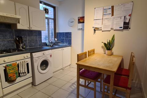 2 bedroom flat to rent - Tottenham Lane, Hornsey, N8 9BE