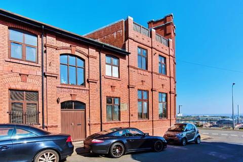 1 bedroom flat to rent - Dock View Road, , Barry, CF63 4LQ