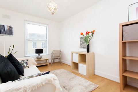 1 bedroom flat to rent - Victoria Park Road, South Hackney, London, E9