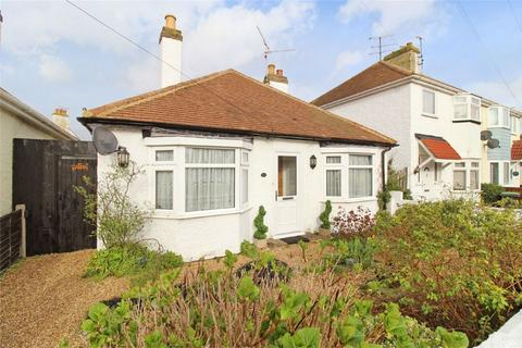 2 bedroom detached bungalow for sale - Carlton Hill, Herne Bay, Kent