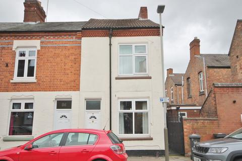 2 bedroom end of terrace house for sale - Grasmere Street, Leicester