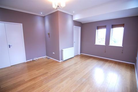 2 bedroom flat to rent - Milne Court, 24a Uplands Park Road, Enfield, EN2